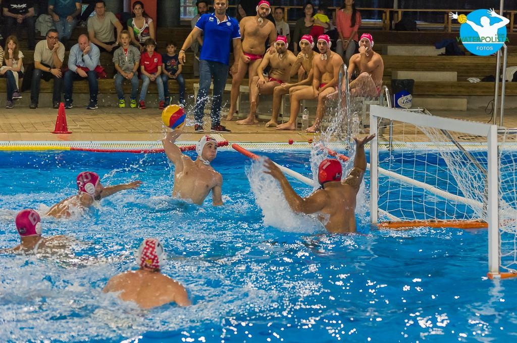Un lance del partido del pasado sábado en Molins de Rei / ATELIER PHOTO