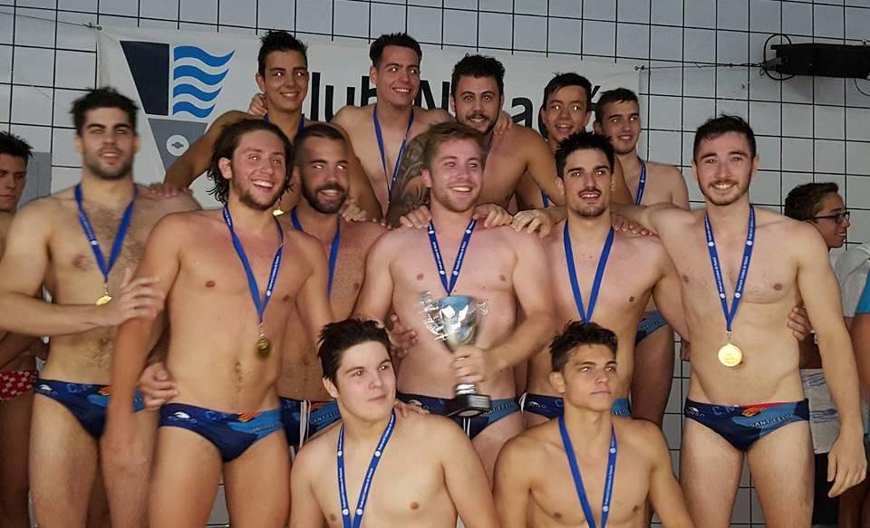 El Sant Feliu se procamó campeón de la Copa Federació / MIKE LENARD