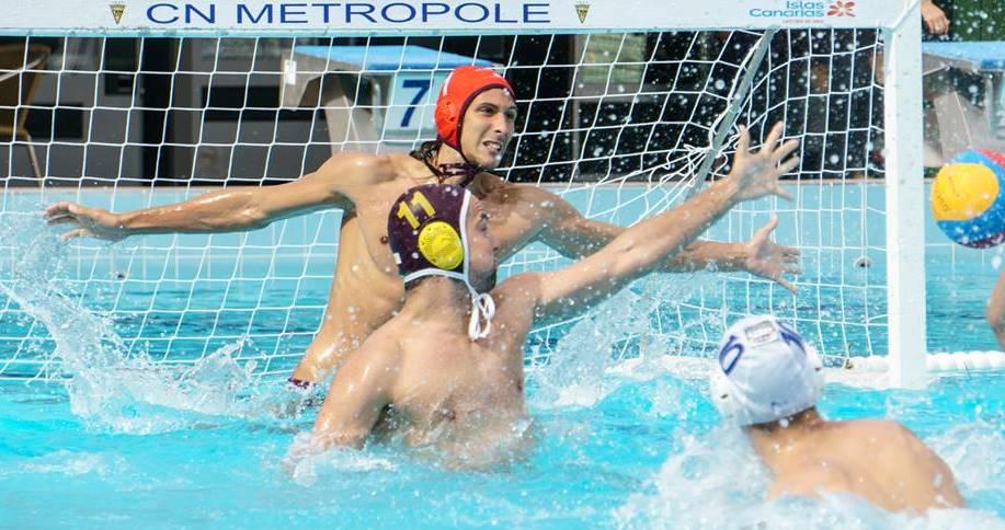 Un lance del partido entre el Metropole y el Marbella celebrado en Las Palmas / RÁFAGAS DEPORTIVAS
